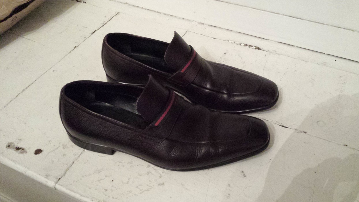 5d53575160ce10 Gucci Gucci Loafers Size 9 - Formal Shoes for Sale - Grailed