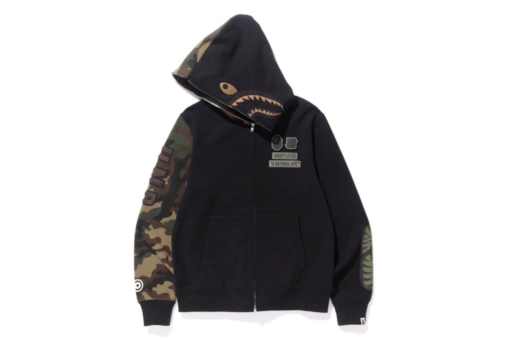 d7ead11c5569 Bape Bape X Undefeated 2017 Shark Hoodie Size m - Sweatshirts ...