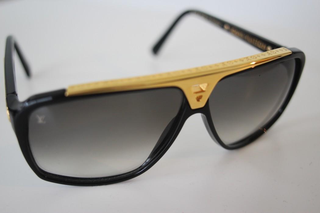 82c54831e1e Louis Vuitton Evidence Sunglasses Size one size - Glasses for Sale ...