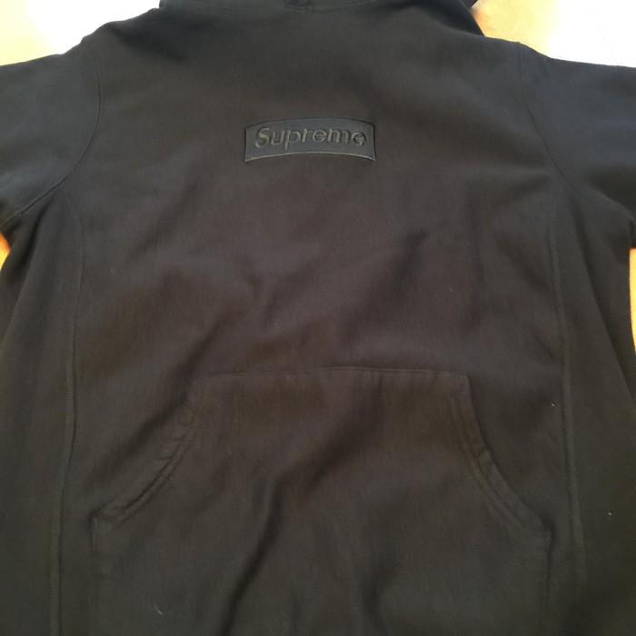 f66dd6c5d0c1 Supreme Black Tonal Box Logo Hoodie Size l - Sweatshirts   Hoodies ...