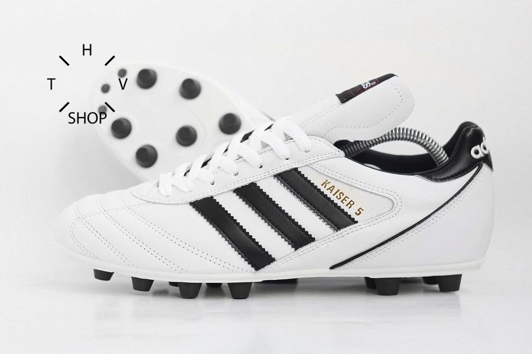 lowest price cb397 7876a Adidas Kaiser 5 Liga Copa Mundial World Cup soccer football boots shoes Size  US 9