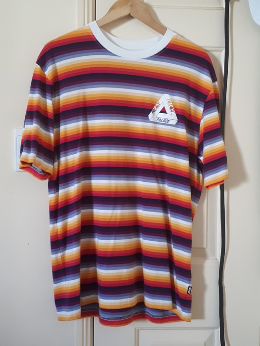 b0c743f6bb50 Palace Palace Tri Ferg Thin Stripe tee Size m - Short Sleeve T ...