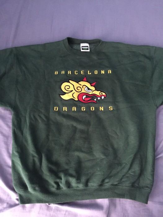 2ca3ce3a7 Vintage Barcelona Dragons Vintage Tulltex Sweatshirt Size US L   EU 52-54    3