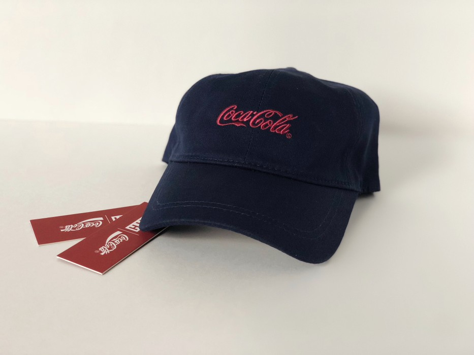 a466c18c2ba Kith Nyc KITH x COCA COLA CLASSIC COKE LOGO CAP NAVY RED BLK DAD HAT MULTI