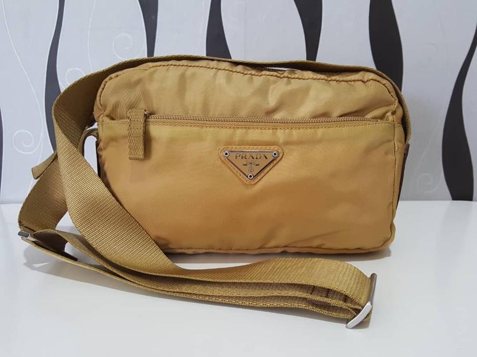 f45d8b8df3c8 Prada Vintage Prada Shoulder Bag Size one size - Bags   Luggage for ...