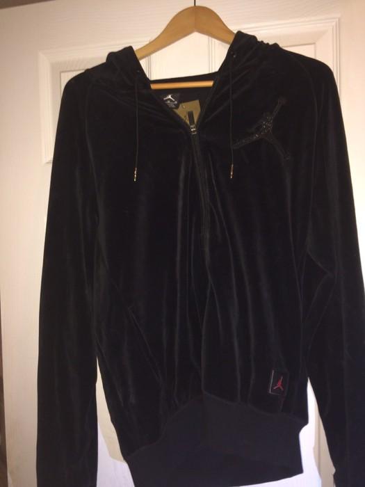 df6d8c744a3c2b Jordan Brand Air Jordan OVO Velour Full Zip Men s Hoodie Size US M   EU 48
