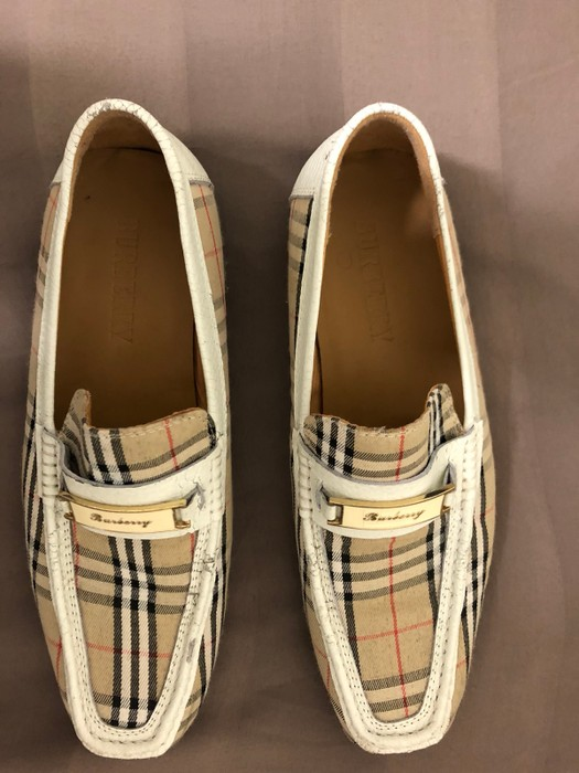 eb387f2f763 Burberry 🛑Burberry.Men s Burberry Loafers Size 9 - Slip Ons for ...
