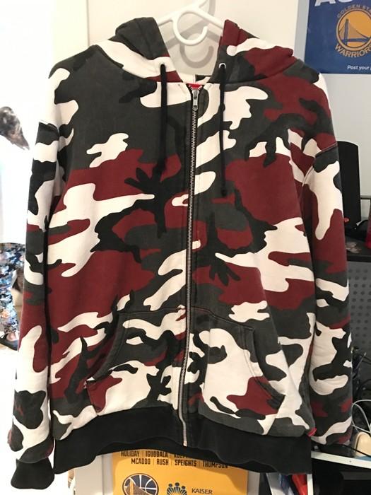 ec433702f69e Supreme Thermal Camo Zip-Up Sweater Size l - Sweatshirts   Hoodies ...