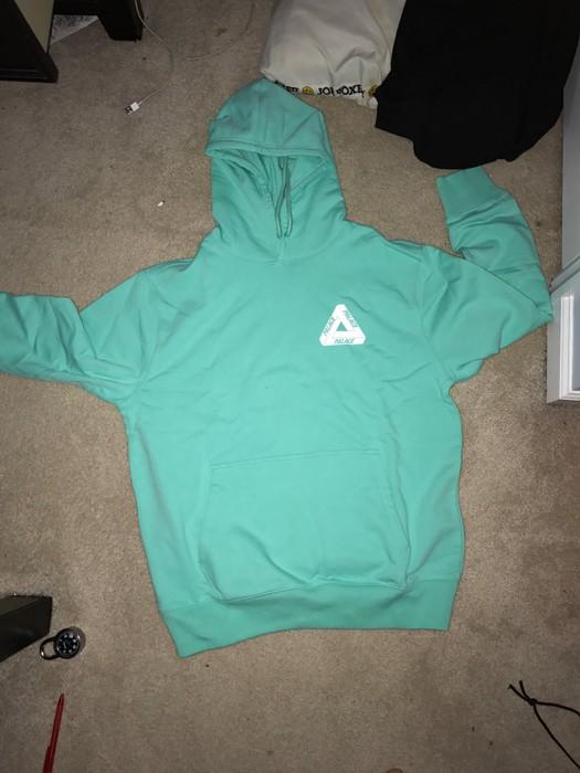 41a6c3bbad8c Palace Palace Tri -Ferg hoodie Size l - Sweatshirts   Hoodies for ...