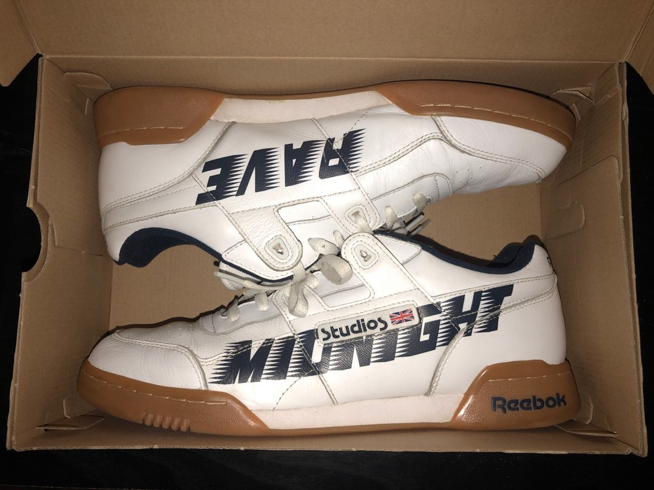 57ff12a69f4e Midnight Studios Midnight Rave Reebok s Size 12 - Low-Top Sneakers ...