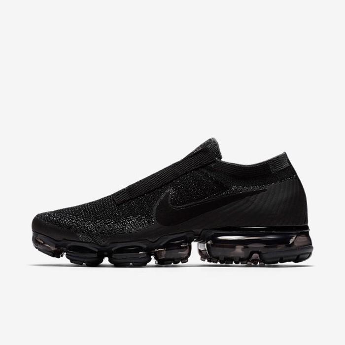 5f49942270ca8 Nike Nike Air Vapormax SE Laceless Triple Black Size 12 Mens Size US 12   EU