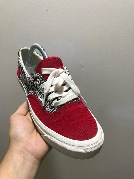 b272b573b0 Vans Vans Era 95 DX FOG Red Size 7 - Low-Top Sneakers for Sale - Grailed
