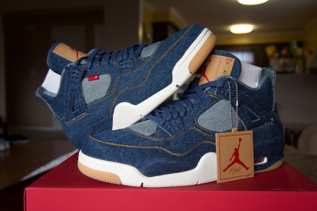 best website 207e3 cb429 Jordan Brand Nike Air Jordan 4 x LEVI Size 11 RARE Limited Denim Sneakers  Size US