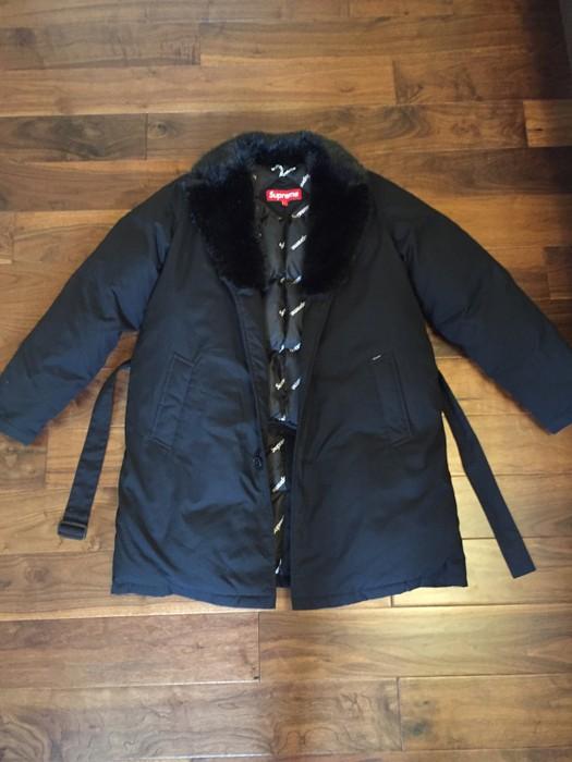 91932951a77e Supreme Supreme Fur Collar Down Trench Coat Size l - Heavy Coats for ...