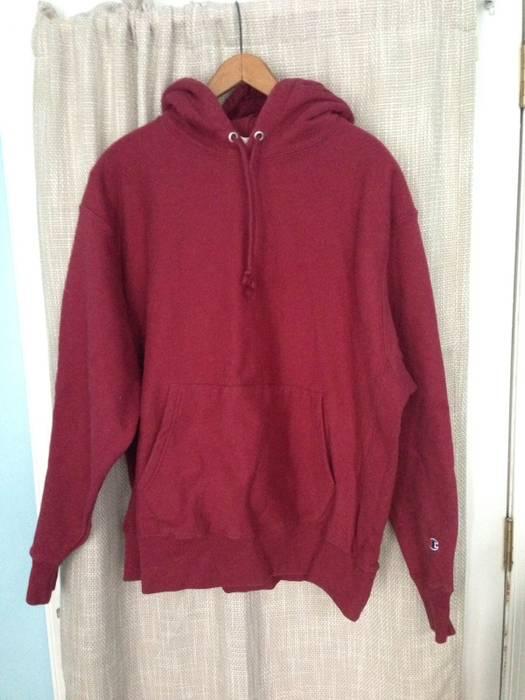 7cbb0997741e Champion Vintage Burgundy Hooded Sweatshirt Size xl - Sweatshirts ...