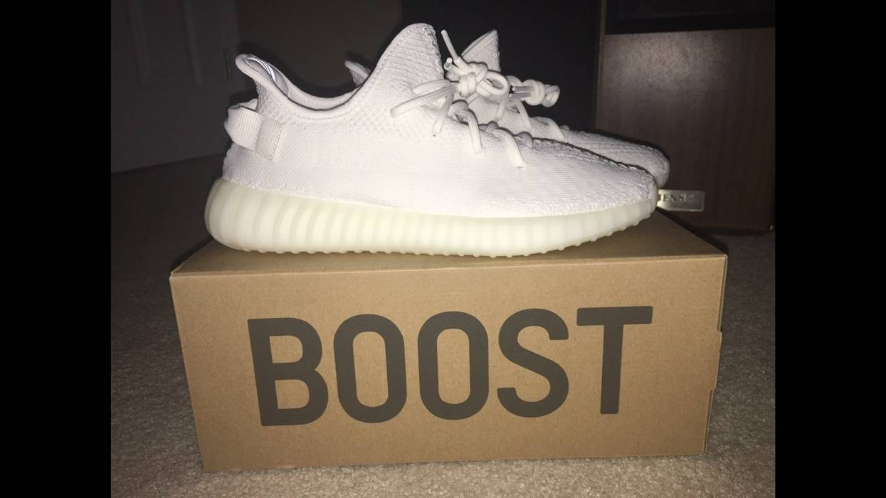 ed3ff5de7 Adidas Yeezy Boost 350 V2 Cream White Size 11 - Low-Top Sneakers for ...