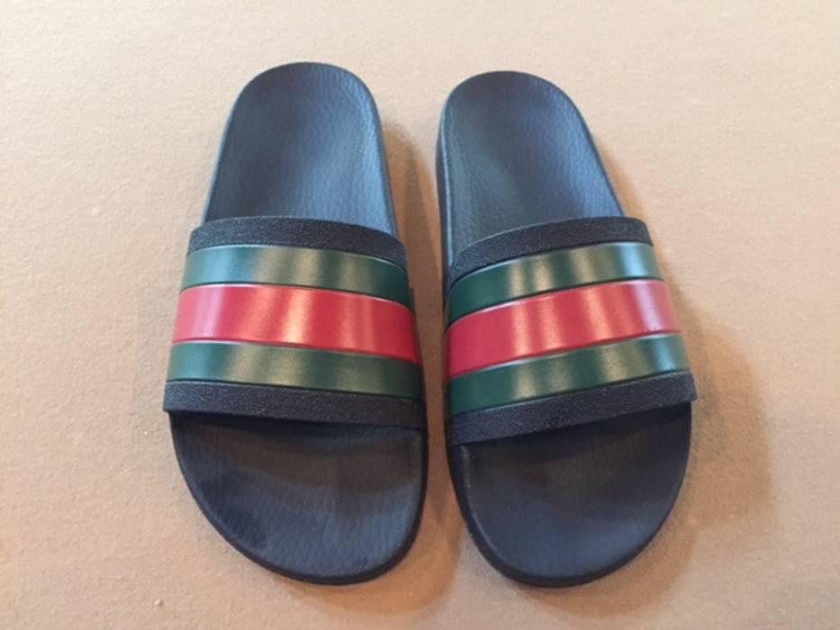 25bb9a749ba Gucci Gucci Pursuit 72 Rubber Slides - Black - Size 8 Size 8 - Slip ...