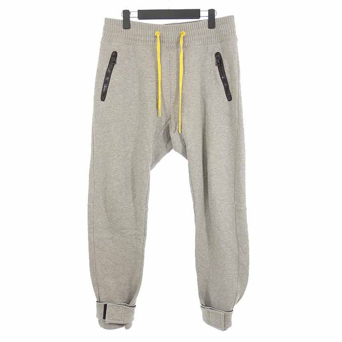 6455c0a23c3e Moncler Sweat pants Gray Zip pocket cotton long pants Size 33 ...