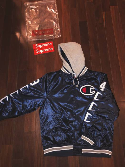 8282cad9c18f Supreme Supreme x Champion Hooded Satin Varsity Jacket (Navy) Size US XL    EU