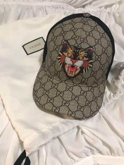 3d6d76ae045 Gucci GG Supreme ANGRY CAT HAT Size one size - Hats for Sale - Grailed
