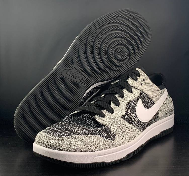 77f8890c77b9 Nike Nike Dunk Low Oreo Flyknit Size 11 - Low-Top Sneakers for Sale ...