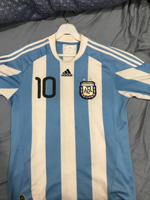 Adidas Messi 2010 Argentina World Cup home jersey Size m - Jerseys ... af0a76f03