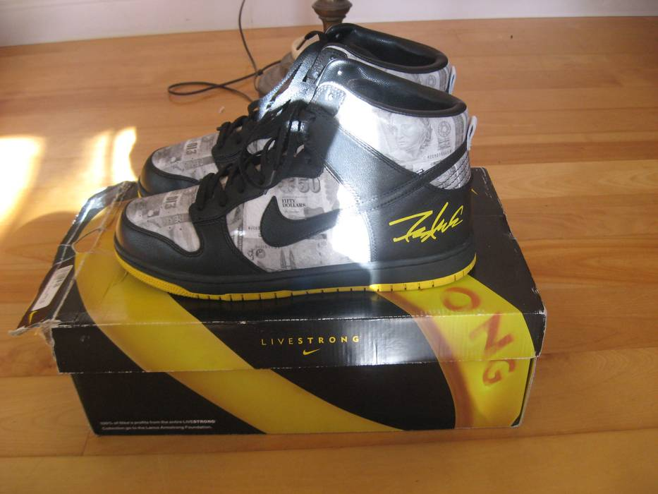 on sale f1671 0657c Nike. NDS Sz.11 Nike Dunk High Livestrong ...