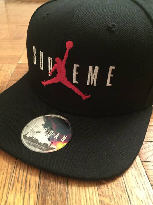 Supreme Supreme x Jordan Snapback Size one size - Hats for Sale ... 12102495bf7