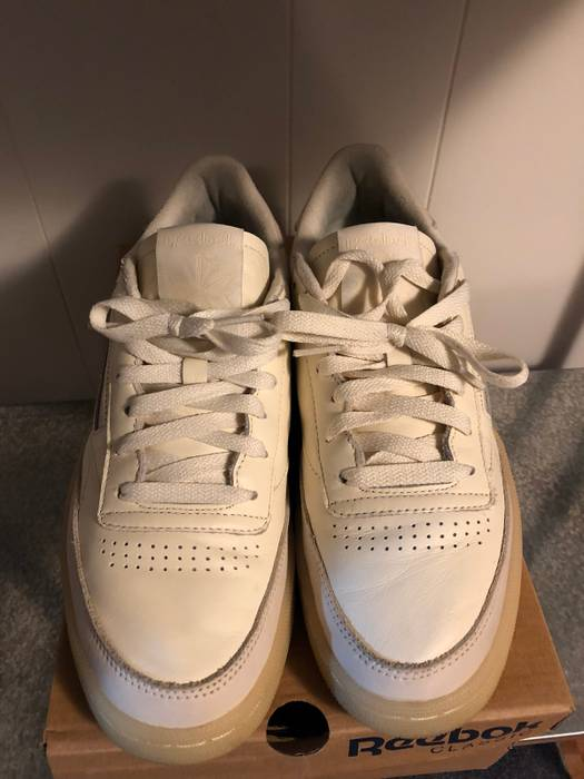 """a83357aea11 Reebok Club C 85 """"Butter Soft"""" Size 8.5 - Low-Top Sneakers for Sale ..."""