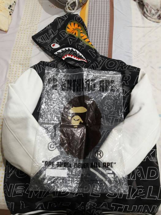 f16581ea5dd0 Bape BAPE TEXT COLOR CAMO SHARK SWEAT VARSITY JACKET Size US XXL   EU 58