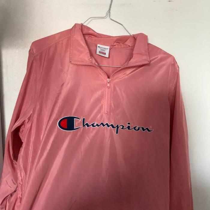 6d64f31bd62 Supreme Supreme Champion Pink Half Zip Windbreaker Size US M   EU 48-50