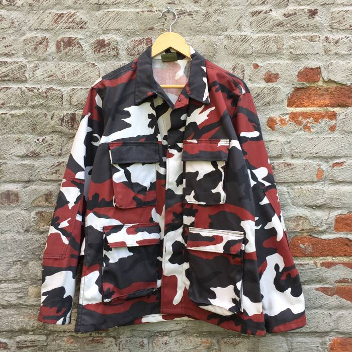 c649ce61d7e926 Vintage Vintage NATO Red Camouflage Army Jacket Size US M   EU 48-50