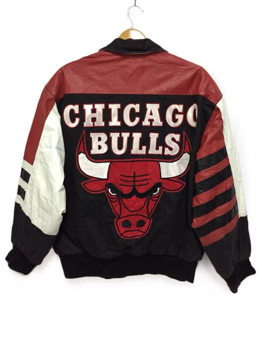 Nba Vintage 80s Jeff Hamilton Design Chicago Bulls NBA Jacket Half Leather  Spell Out Patch Size e1d48f4a9