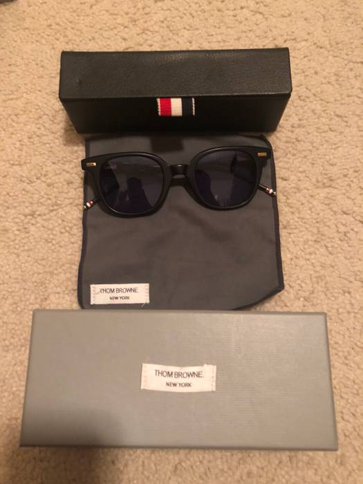9145b8de9f7 Thom Browne TB405 Size one size - Sunglasses for Sale - Grailed