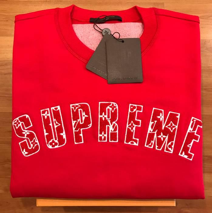 760d03f221f9 Supreme Supreme X Louis Vuitton Arc Logo Sweatshirt Size US M   EU 48-50