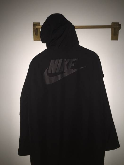 09a7f4572b16 Nike Kith x Nike Sherpa Sideline Coat Size m - Parkas for Sale - Grailed