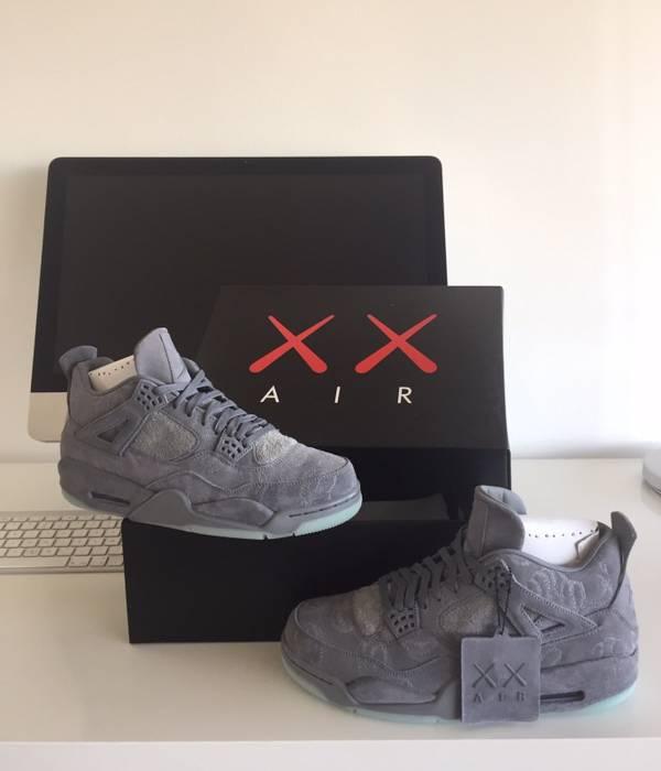 1dc2feee9ec4 Jordan Brand Jordan IV X KAWS Size 10 - Hi-Top Sneakers for Sale ...
