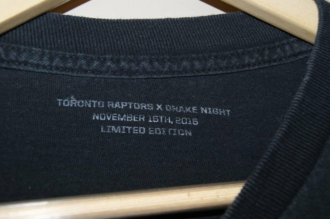 Octobers Very Own 2016 Toronto Raptors OVO Drake Night Long Sleeve Size US  XL   EU 95a17c618