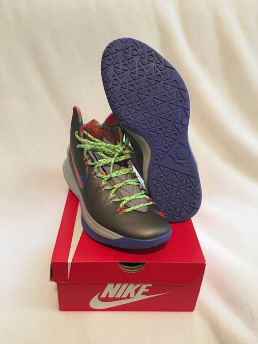 f4c2b8c8cad2 Nike Nike KD 5 Splatter Size 12 - Hi-Top Sneakers for Sale - Grailed