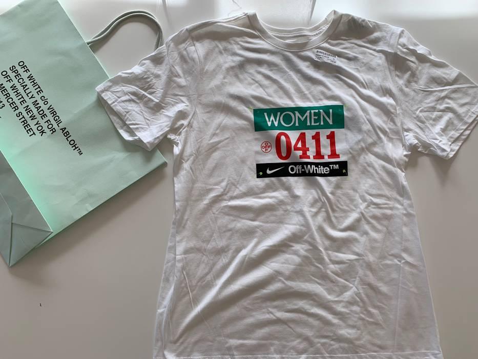 98f1eb9cebef Nike SS19 Track   Field Women s Empty Gallery Exclusive Drop! Size US XL    EU