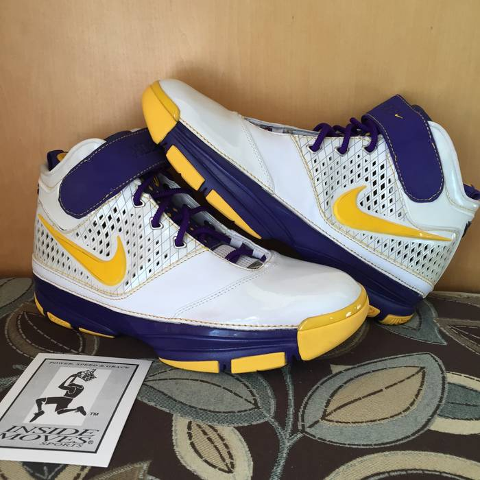 the latest b15b9 0cc5f Nike Nike Zoom Kobe II Lakers Home Size US 10.5  EU 43-44