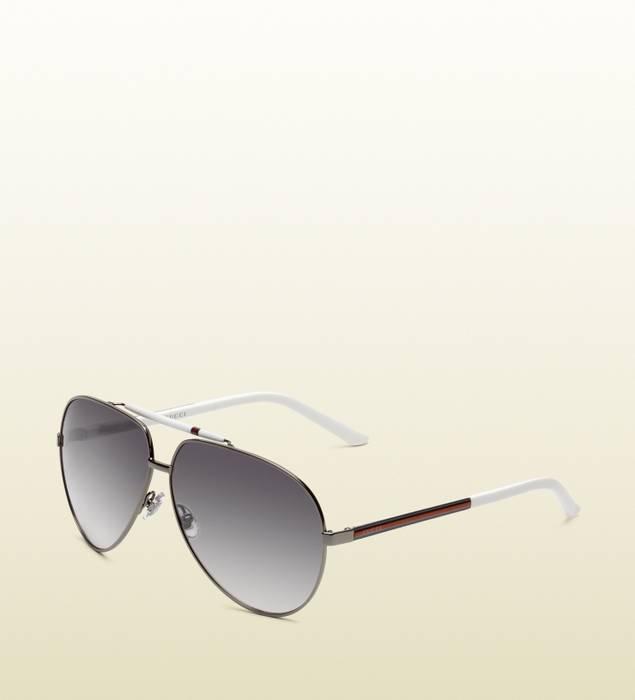 5d3edac1570 Gucci NEW Gucci 1933 S White Logo Stripe Aviator Sunglasses Size one ...