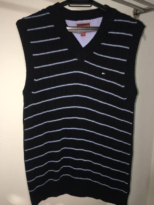 d759892924fa4 Tommy Hilfiger Tommy Hilfiger Sweater Vest Size M Vneck Sleeveless ...