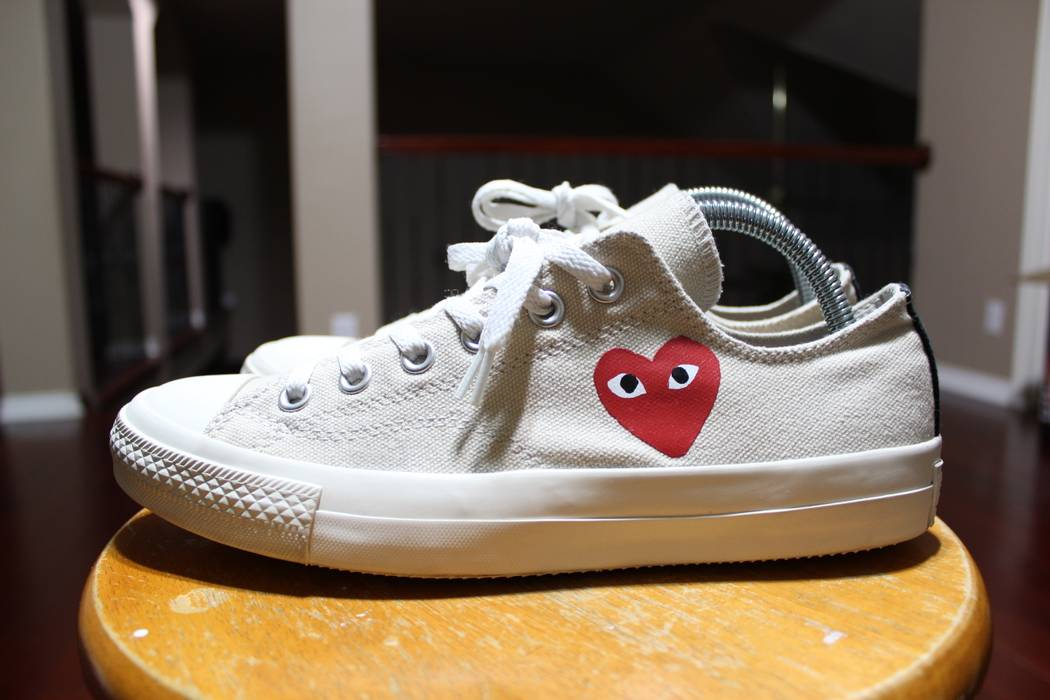 3daea2ade07d Converse CDG White Cream Low Top Little Heart OG 1.0 Chuck Taylor Size US 7