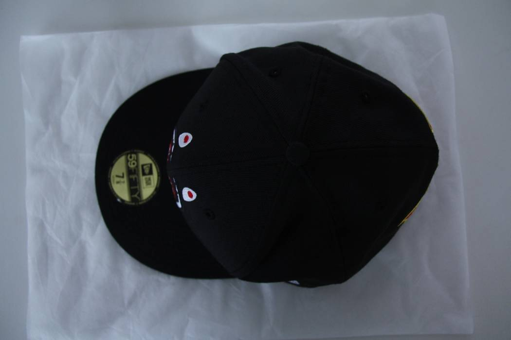 92a2484cc772 Bape Bape (A Bathing Ape) x New Era 59FIFTY Fitted Shark Hat Size ...