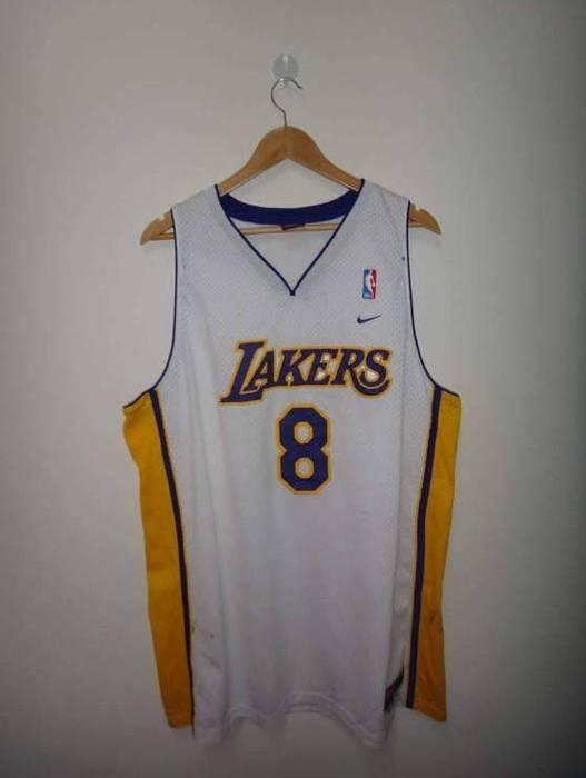 c88457f76 L.A. Lakers. Kobe Bryant NIKE Los Angeles Lakers  8 Jersey Stitch Used NBA  Basketball ...