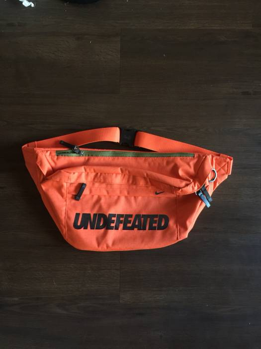 90bd9075b4 Nike Undefeated X Nike Complexcon Exclusive Messenger Bag Bumbag Orange 3M Size  ONE SIZE
