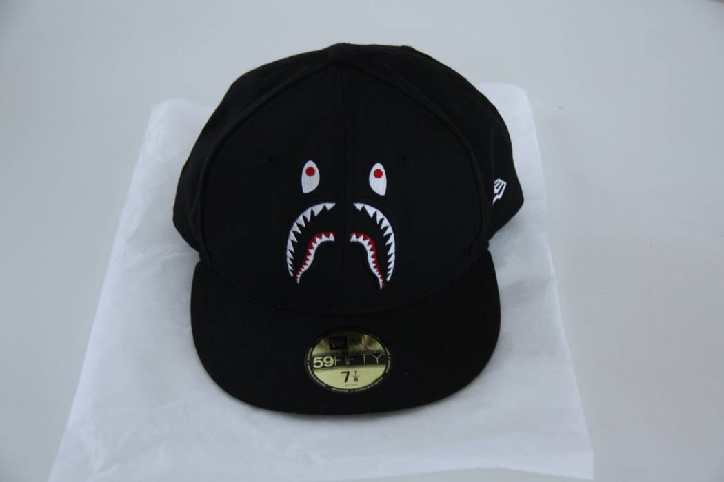 2f604995312 Bape Bape (A Bathing Ape) x New Era 59FIFTY Fitted Shark Hat Size ...