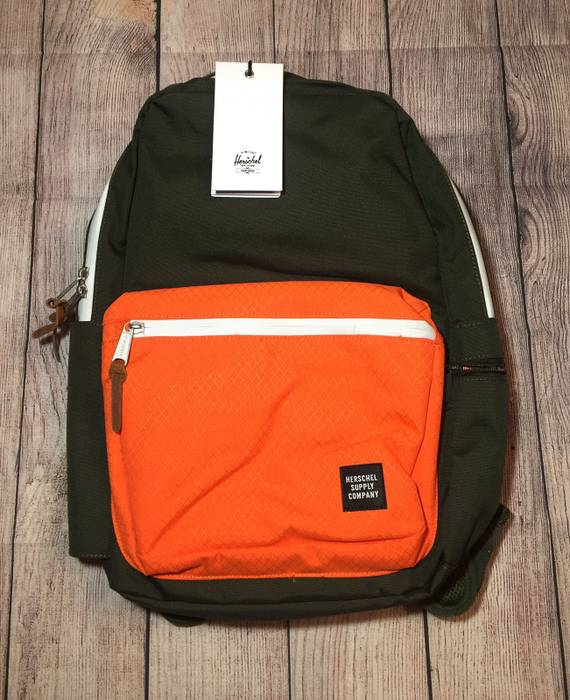 72cc4785b42 Herschel Supply Co. Harrison Backpack Size one size - Bags   Luggage ...