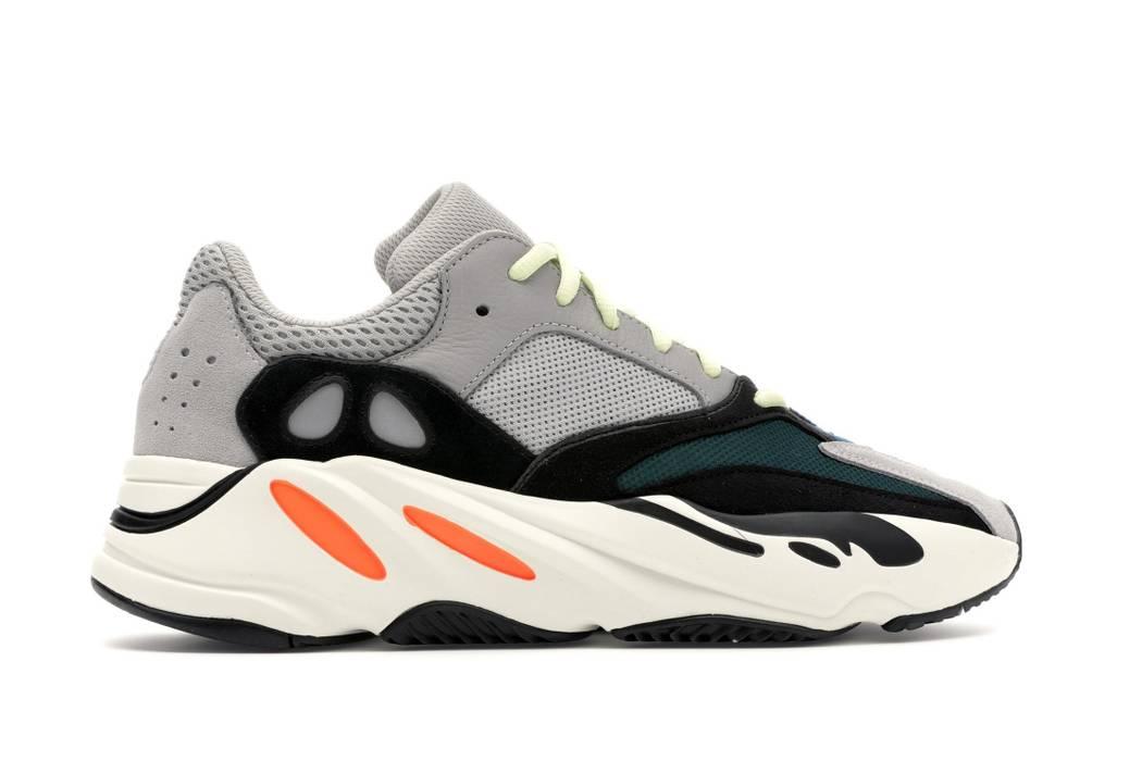 012581e10 Adidas Kanye West Adidas Yeezy Wave Runner 700 Size US 10.5   EU 43-44